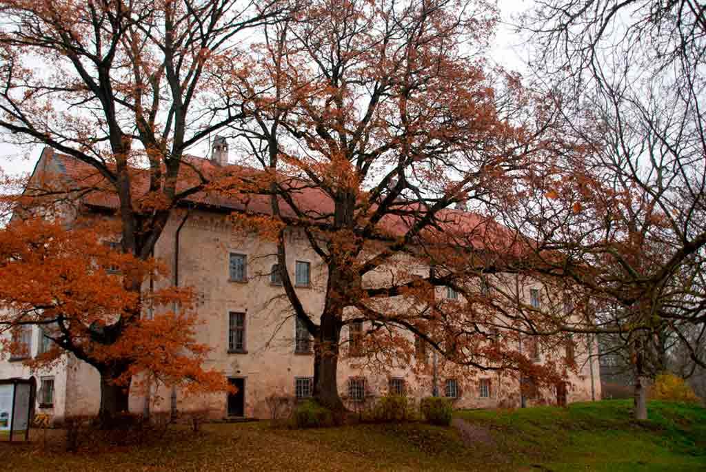 Best Latvian Castles-Dundaga-Castle