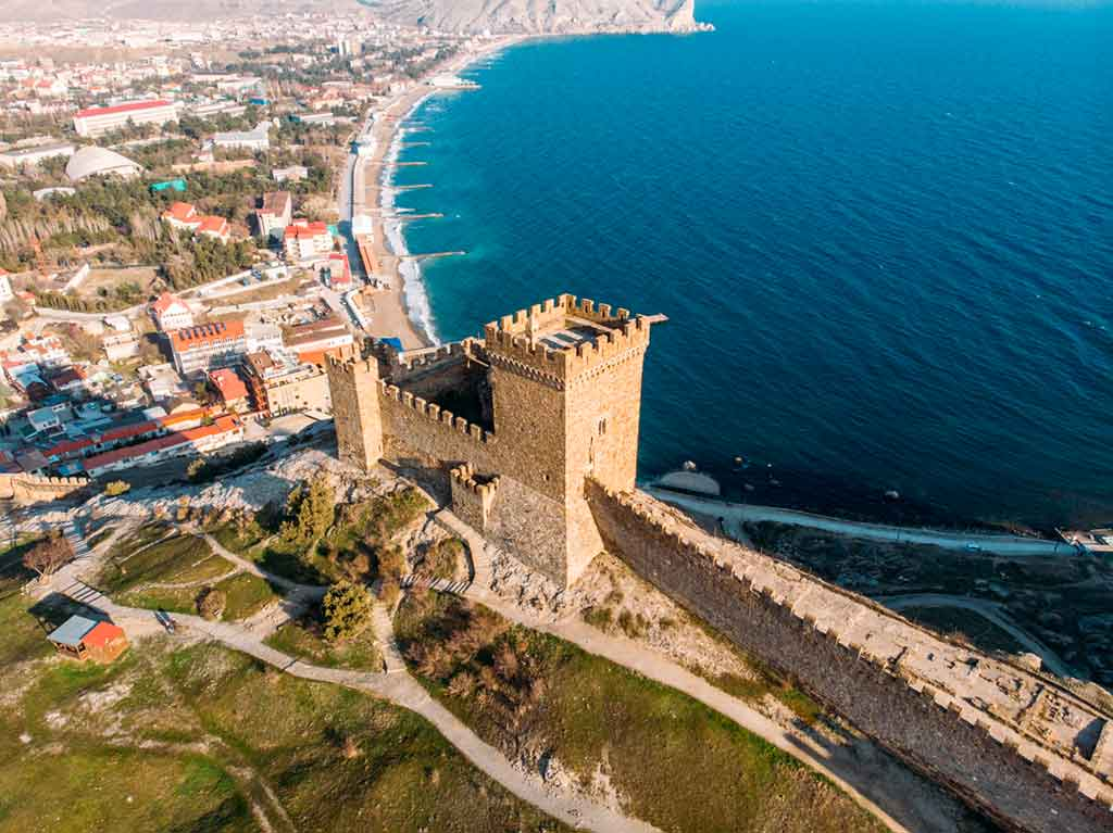 Best castles in Ukraine-Genoese-Fortress