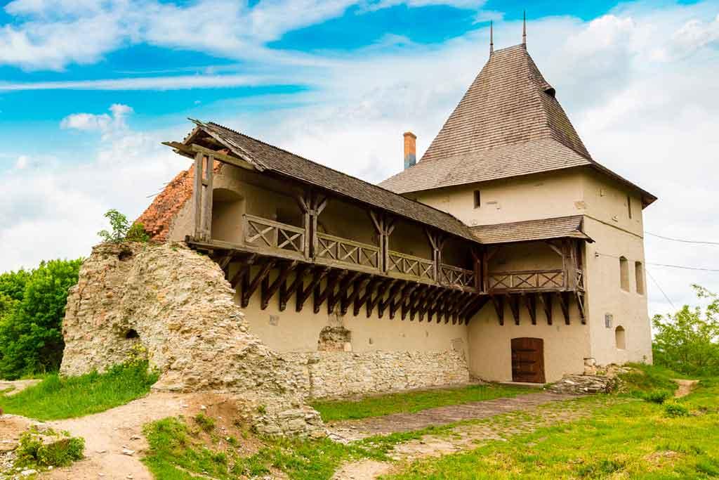 Ukrainian Castles-Ivano-Frankivsk-Castle