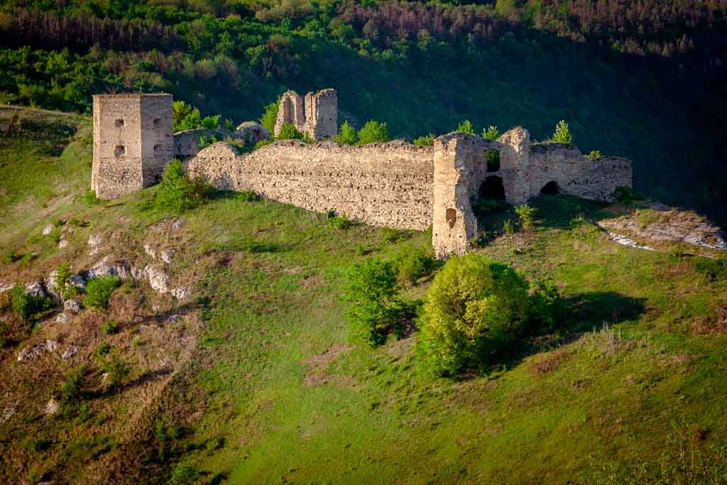 Famous Castles in Ukraine-Kudryntsi-Castle