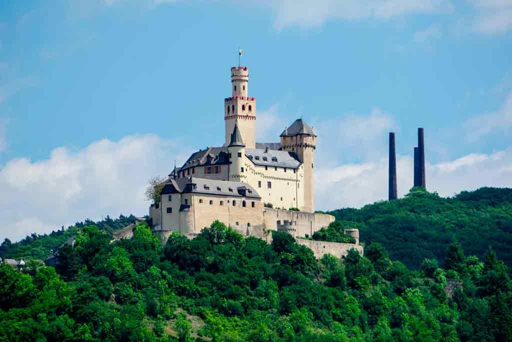 Castles in Rhine-Marksburg-Castle