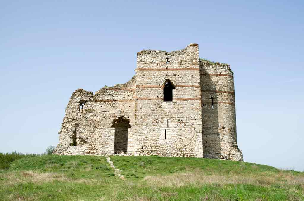 Castles in Bulgaria-Matochina-Castle