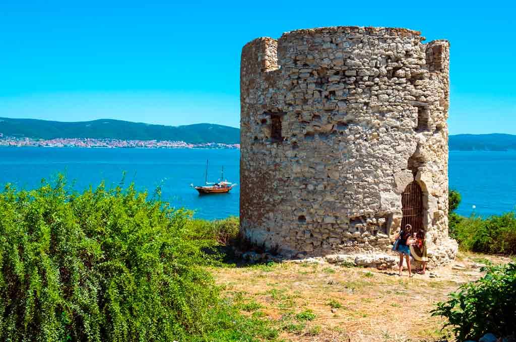 Bulgarian Castles-Nesebar-fortifications