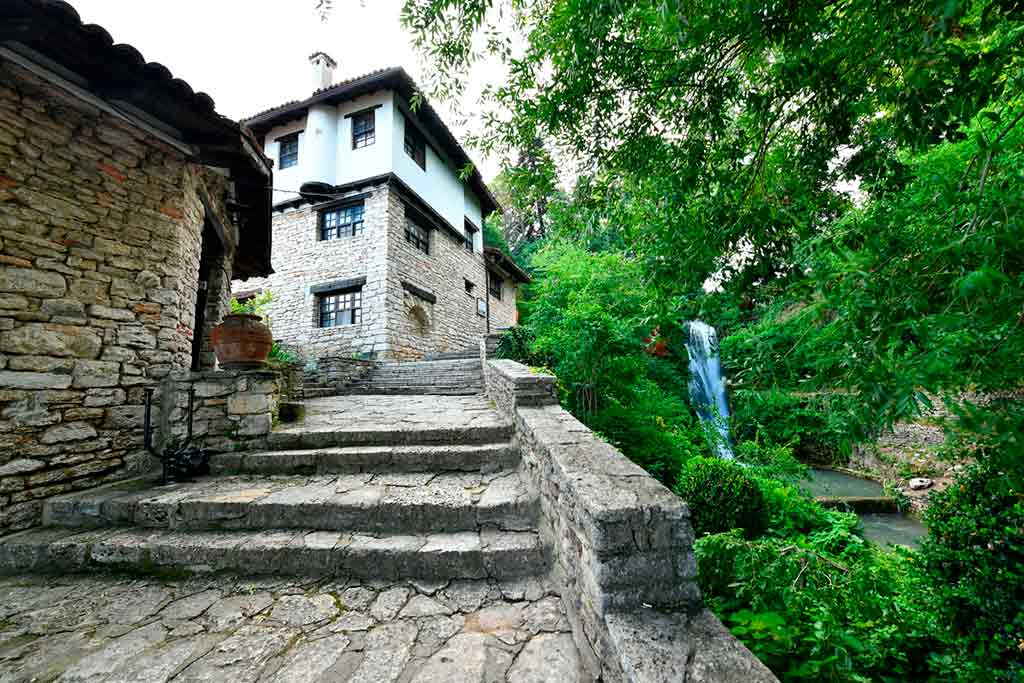 Best castles in Bulgaria-Palace-and-Botanical-Gardens-of-Balchik