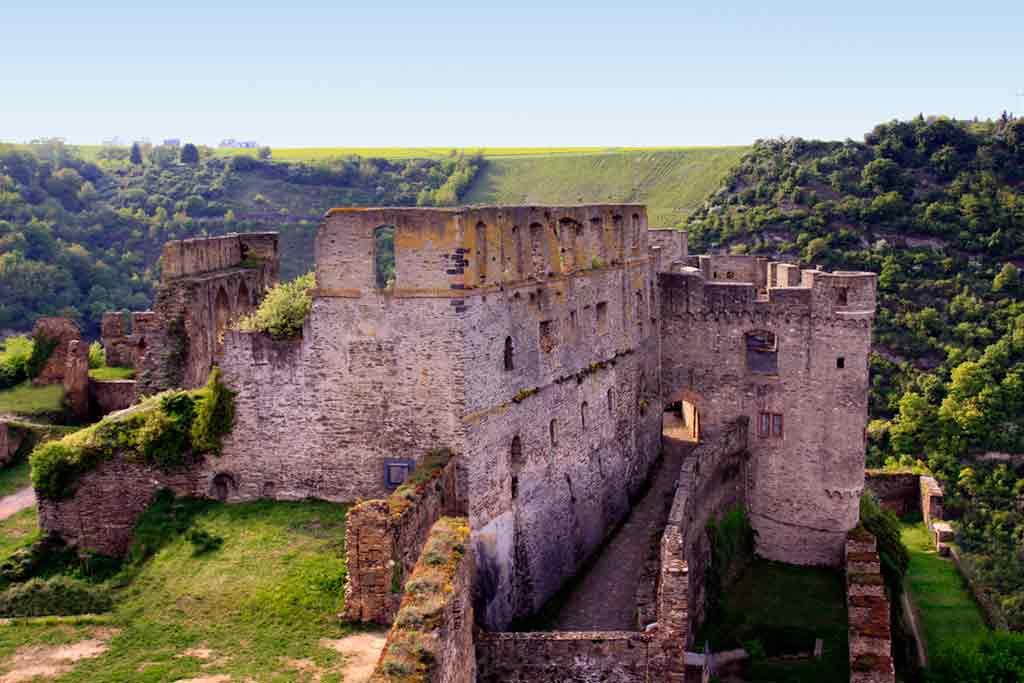 Best castles in Rhine-Rheinfels-castle
