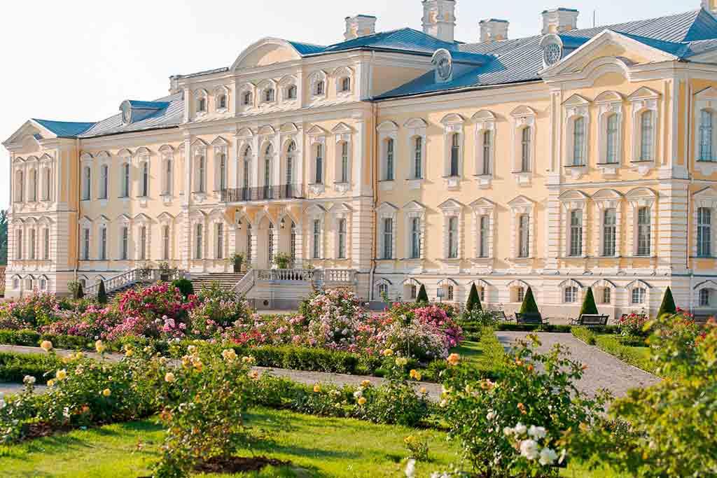 Castles in Latvia-Rundale-Castle