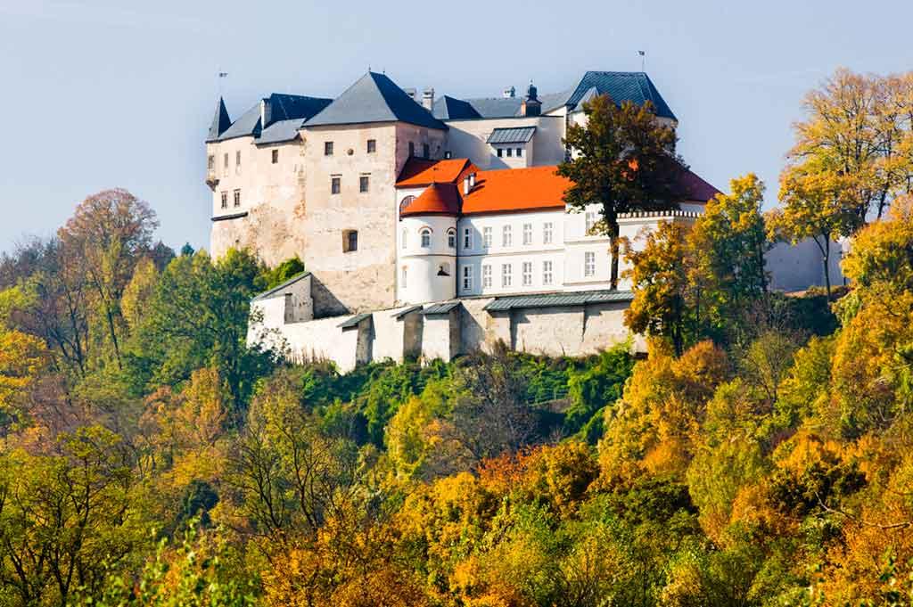 Best castles in Slovakia-Slovenská-Ľupča-Castle