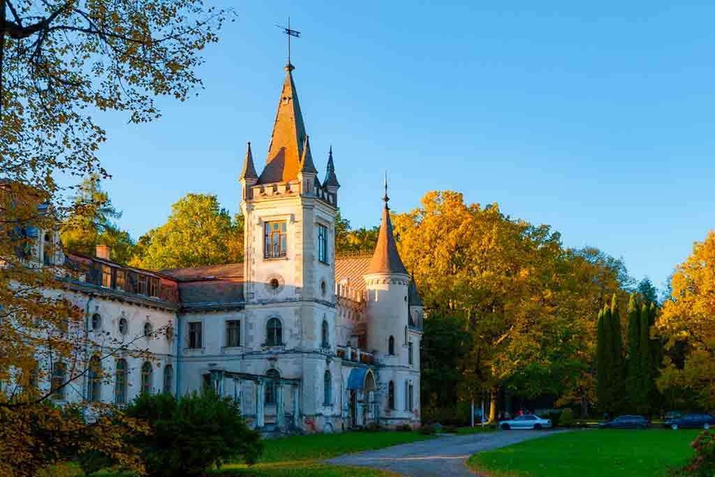 Latvian Castles-Stameriena-Castle