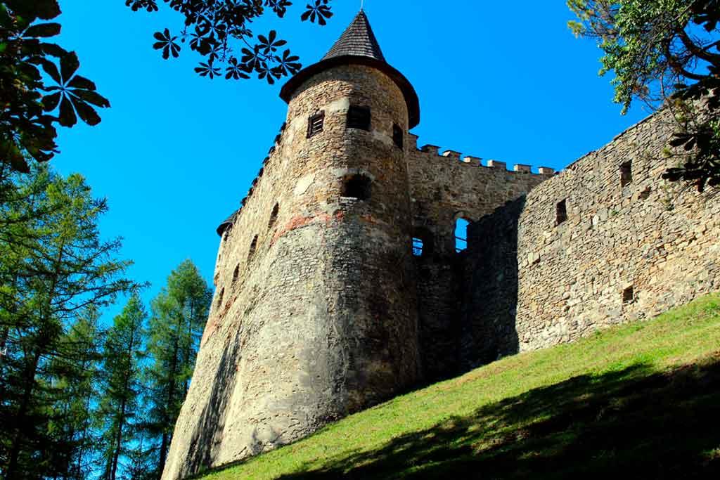 Slovakian Castles-Stará-Ľubovňa-Castle