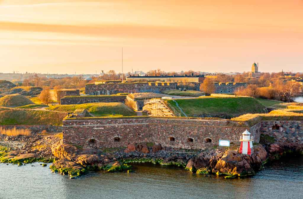 Famous Castles in Finland-Suomenlinna