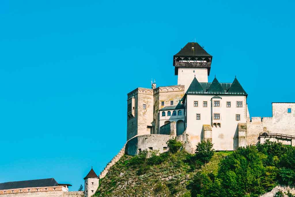 Best Slovakian Castles-Trenciansky-Hrad