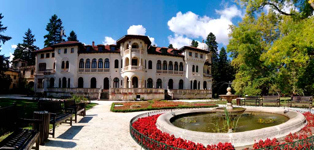 Castles in Bulgaria-Vrana-Palace