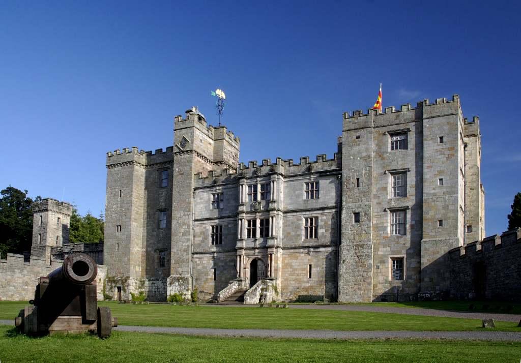 Chillingham Castle - best castles in Northumberland