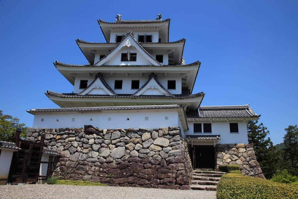 Hachiman Castle  - castles in Japan