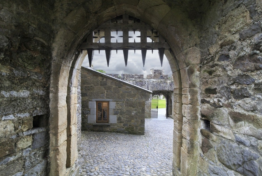 gatehouse portcullis in Cahir Castle