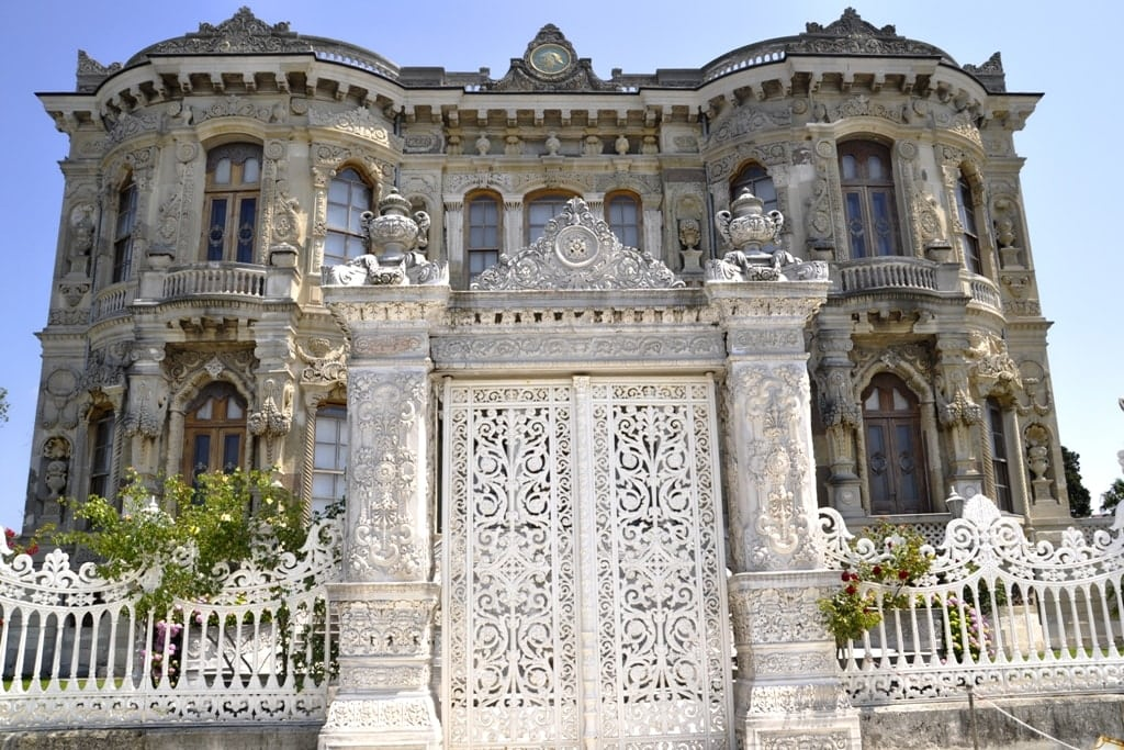 Küçüksu Palace - Best Palaces in Istanbul
