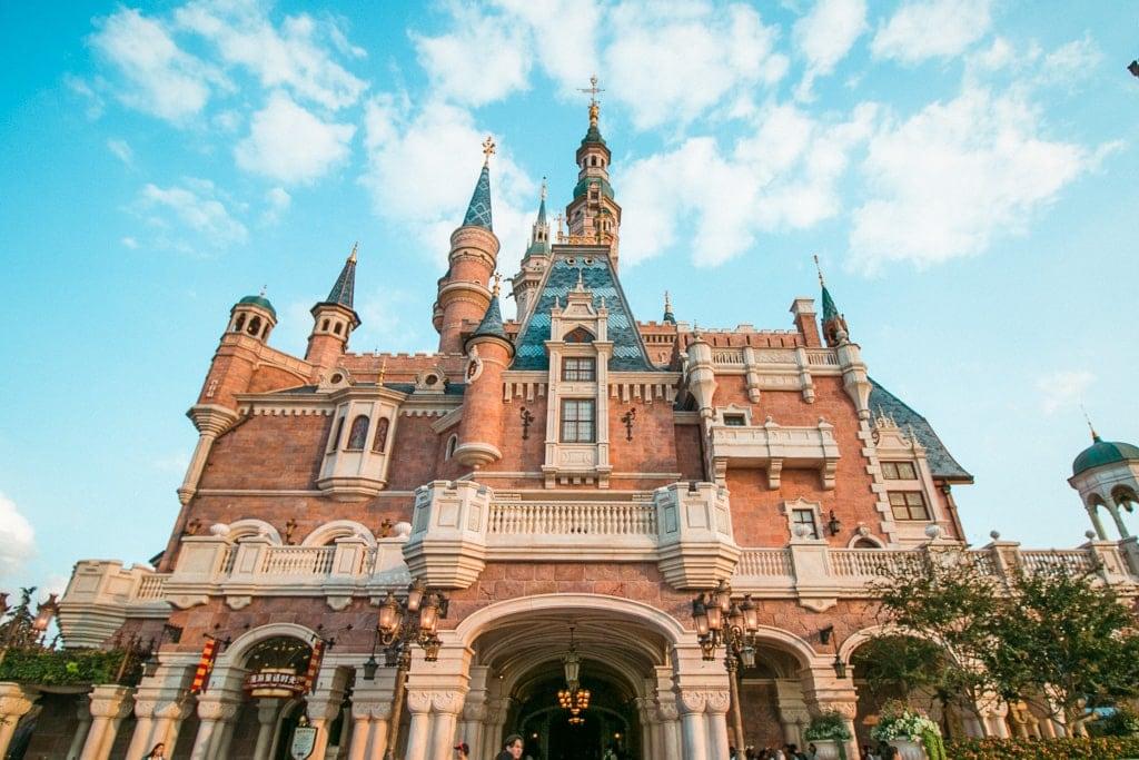 Shanghai Disneyland Castle - Castles at Disney Parks