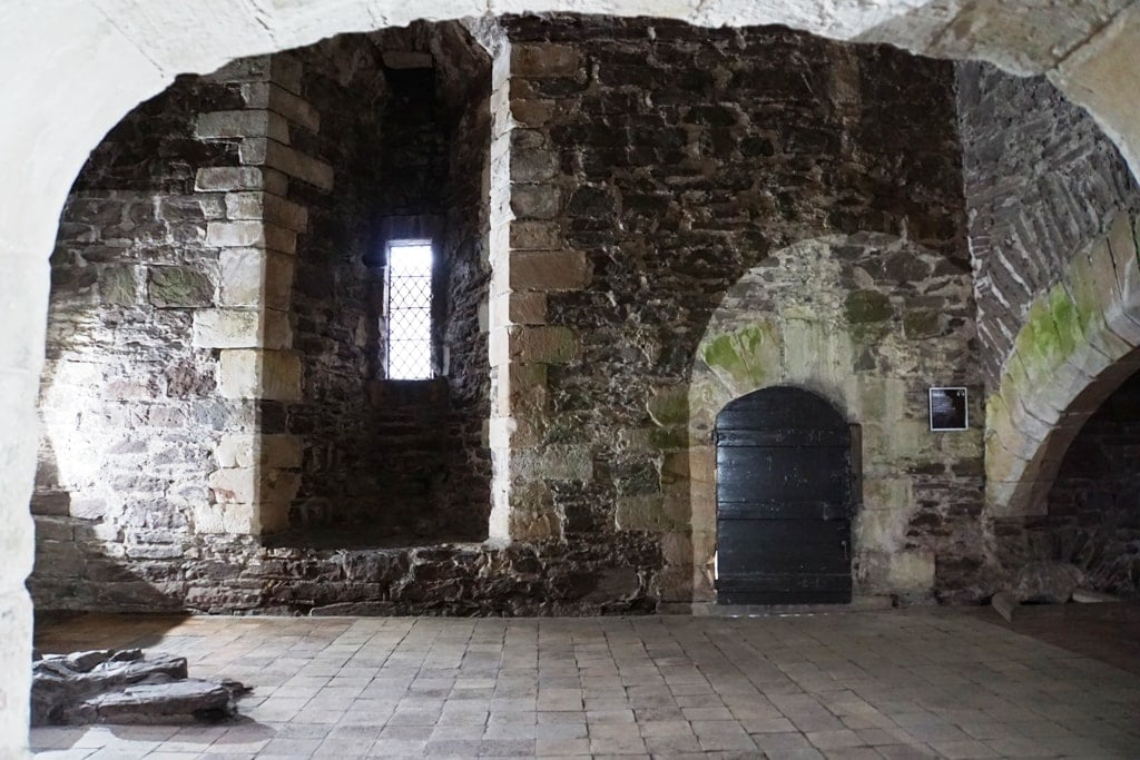 doune castle outlander film location